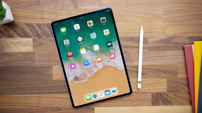 【ついに】iPadからもホームボタンが消滅!FaceID搭載の特大全画面ディスプレイのiPad誕生へ!