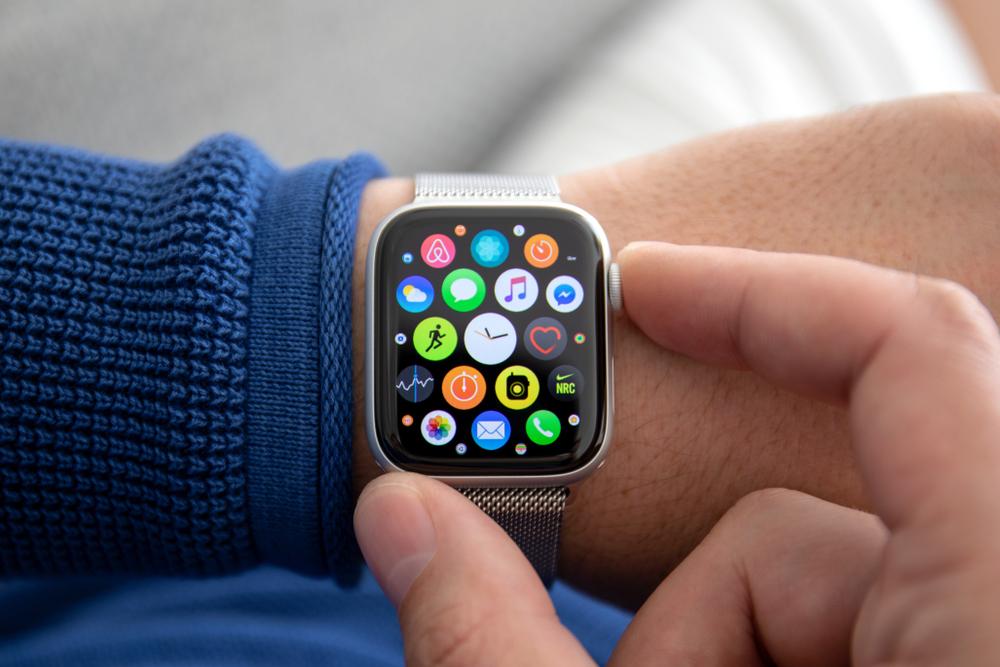 Apple watchが日常から現金をなくす