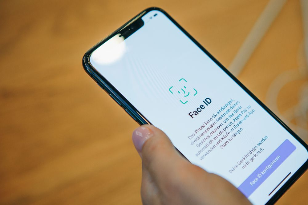 iPhoneXRはFaceID搭載