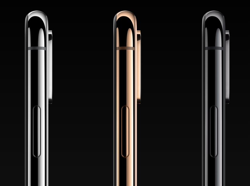 「高級な質感」だけでなく、衝撃にも強い(割れにくい)ステンレススチールを採用したiPhoneXs