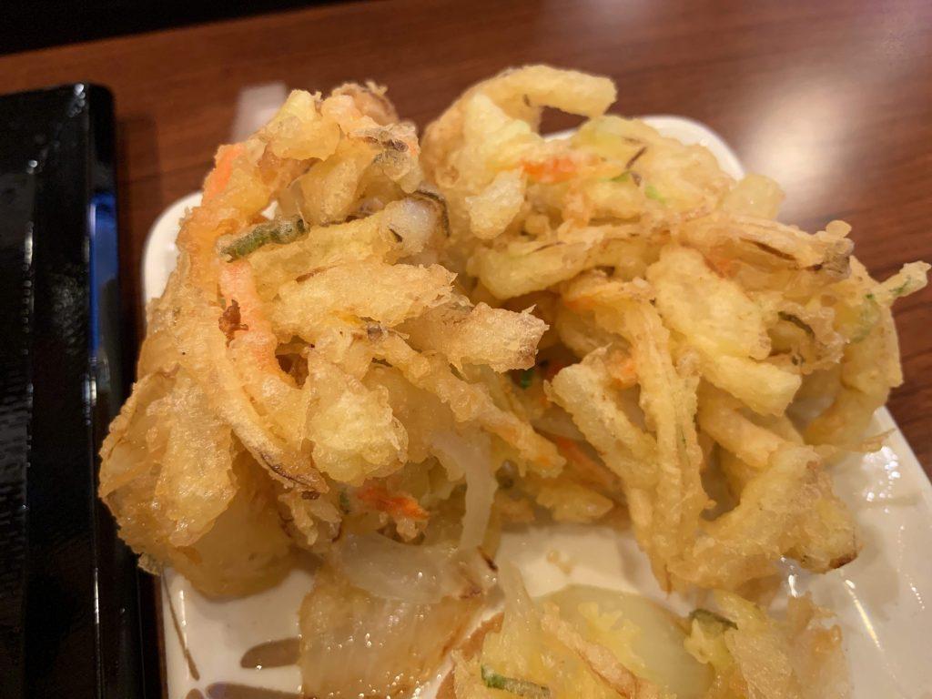 丸亀製麺の野菜かき揚げ