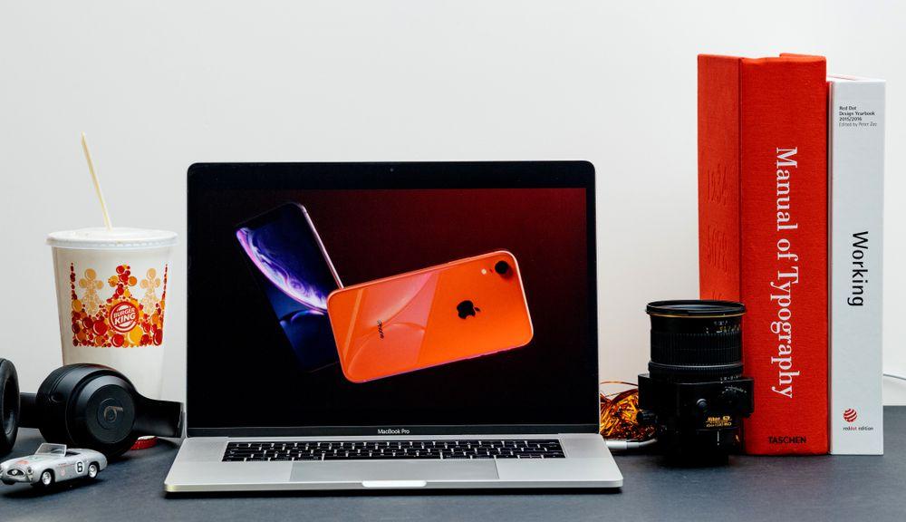 iPhoneXRのコーラルのイメージ写真です。