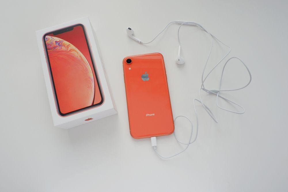 【美しきコーラル】iPhoneXRのコーラルのオシャレな写真集。