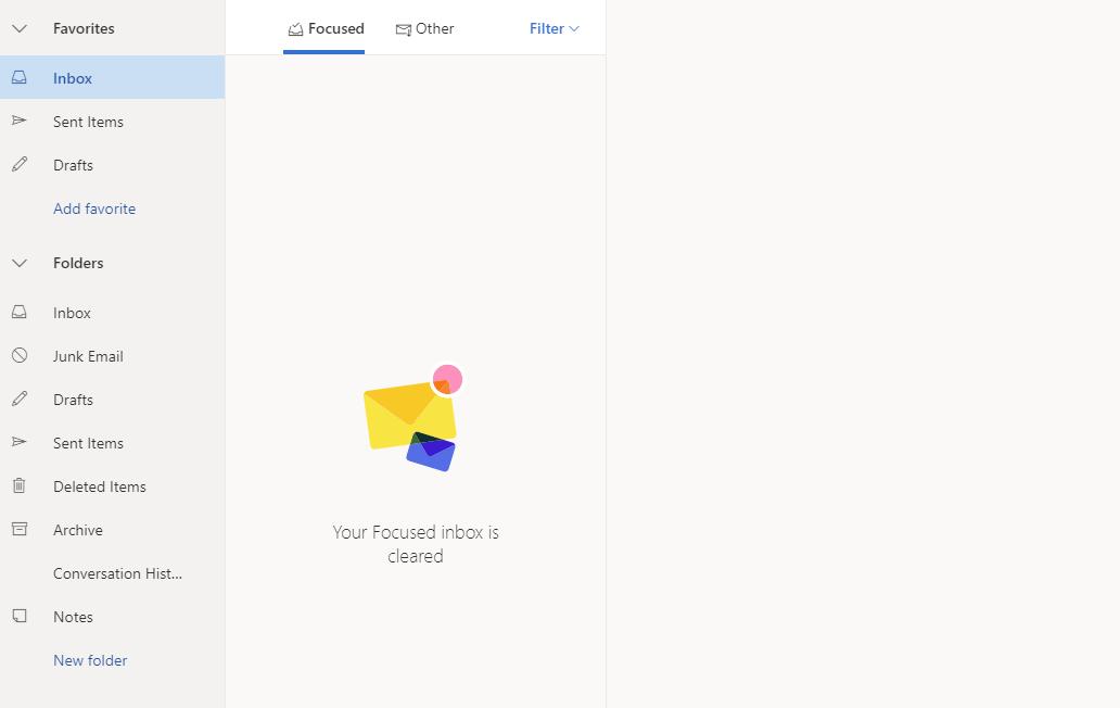 上記のURLからOutlook.comにログインをして自分のメールボックスを表示させます。言語設定が英語になっていることがわかります。
