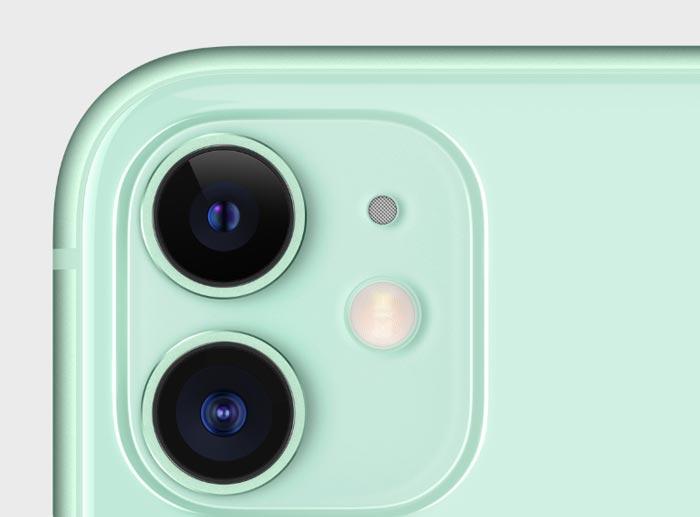 iPhone11のグリーン(新色)のサイドから