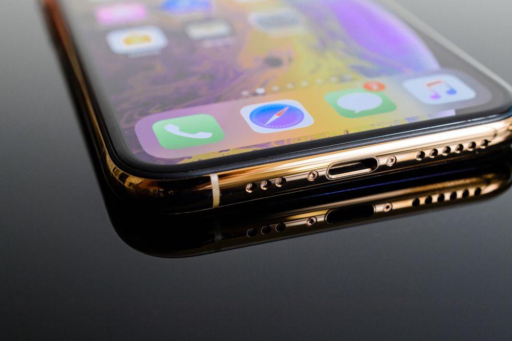 iPhoneXs Maxのサイズとは!大きさ・重さを一覧表で徹底比較!